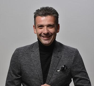 Д-р Виктор Камнар