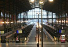железнички станици